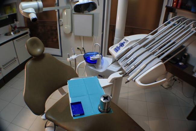 English Speaking Dentist